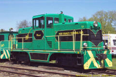 "Locomotive L3 ""Winnie""   Weight: 44 Ton   Former owner: Greater Winnipeg Water District #103   Builder: GE   Date built: 1947   Serial: 28349"